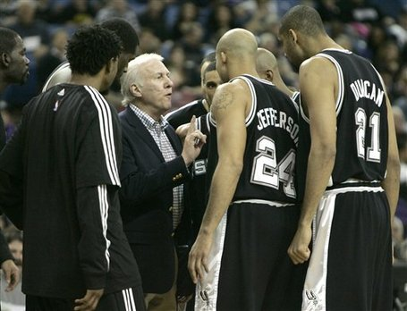 77085_spurs_kings_basketball_medium