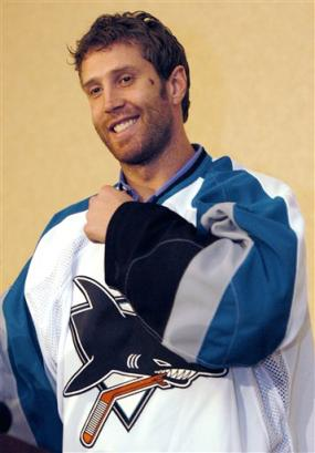 Sharks_joe_thornton_1_medium