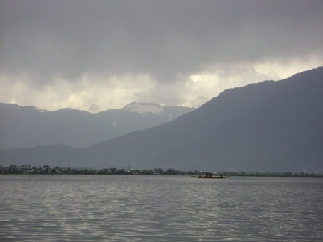Dal_lake_in_evening_medium