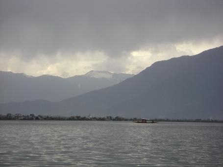 Dal_lake_in_evening_medium