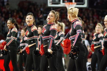 Louisville_cheerleaders_9_medium