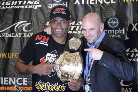 Anderson-silva-dana-white-ufc-belt_medium
