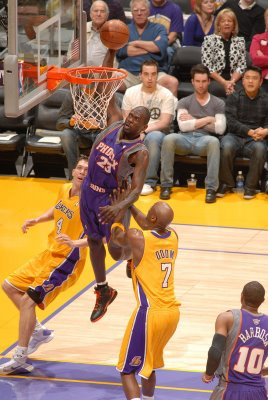 Jason_richardson_dunks_on_lamar_odom_medium
