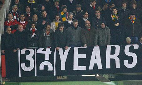 Manchester-united-fans-di-001_medium