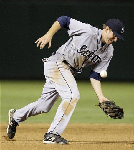 175708_mariners_rangers_baseball_medium