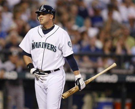 181544_yankees_mariners_baseball_medium