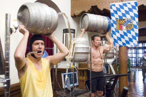 Feliz Navidad Amiguetes Drinking-beer-movie-beerfest