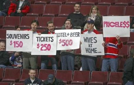 Funny_fan_signs-4232_medium