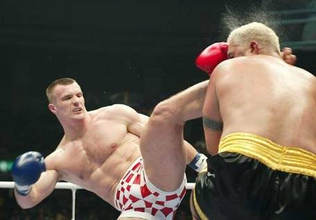 K1_crocop_hunt_facekick_medium