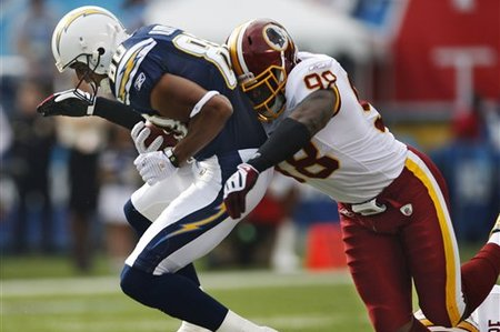 59047_redskins_chargers_football_medium
