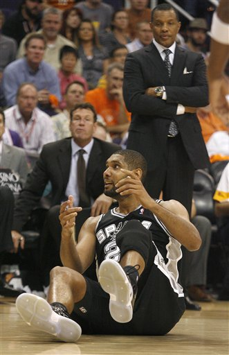 91596_spurs_suns_basketball_medium