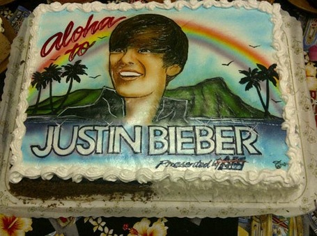 Justin-bieber-cake_medium
