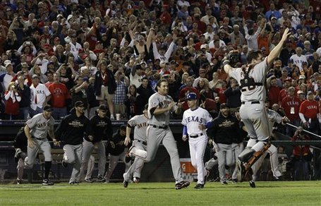 201252_world_series_giants_rangers_baseball_medium