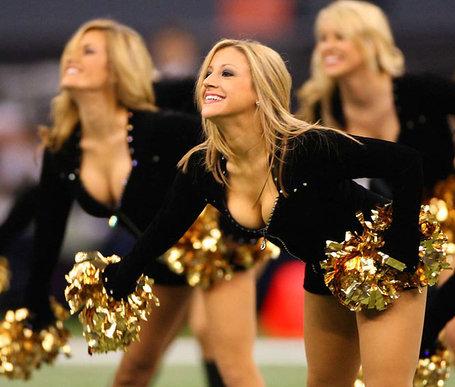 New-orleans-saints-cheerleaders_medium