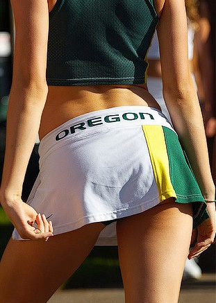 Oregon-ducks-cheerleaders-30_medium