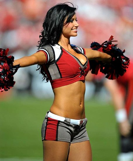 Buccaneers-cheerleader_31__medium