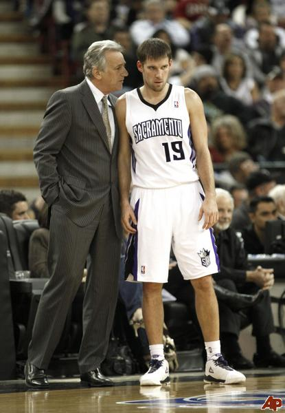 Paul-westphal-beno-udrih-2011-1-7-3-30-32_medium