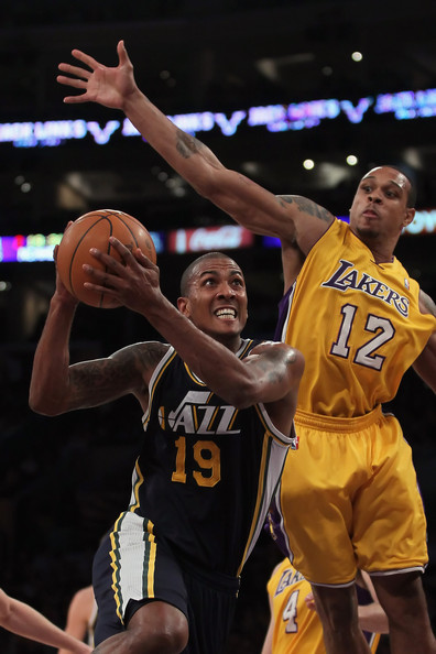 Raja_bell_utah_jazz_v_los_angeles_lakers_4bensifurp-l_medium