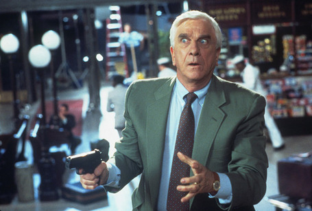 The_naked_gun_33_1_3__the_final_insult_28150111001436_29the_naked_gun_33_3_the_final_insult_3_medium