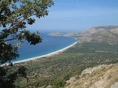 Coastline_in_albania_medium