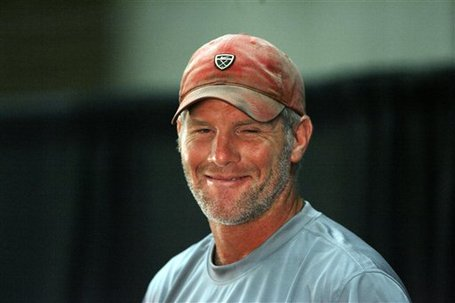 49408_vikings_favre_football_medium