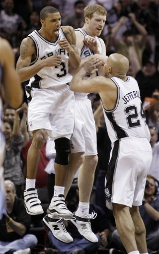 107464_grizzlies_spurs_basketball_medium