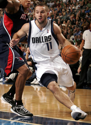 Jjbarea-drives-hawks_medium
