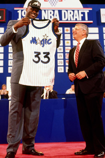 Shaquille_oneal_david_stern_medium