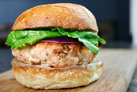 Salmon-burger-2_medium