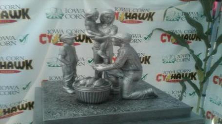 Cyhawk_trophy_medium_medium