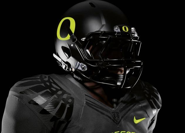 New_Oregon_Nike_Pro_Combat_Uniforms_Top_Half.jpg
