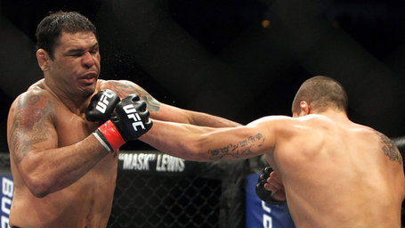 Ufc-rio-de-janeiro-07-20110827-size-598_medium