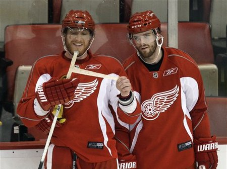 47786_stanley_cup_red_wings_hockey_medium