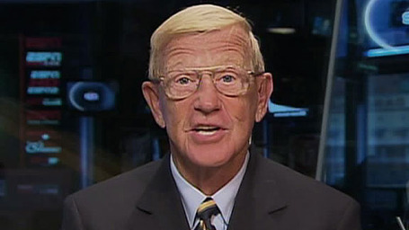 Dm_090822_ncf_lou_holtz_medium