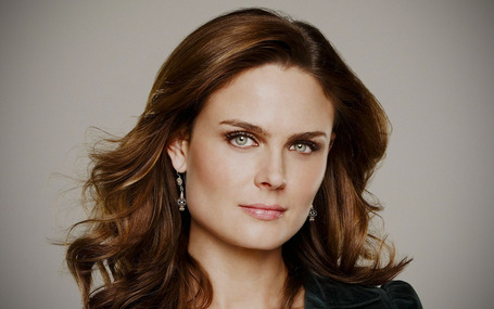 Emily_deschanel_1920_1200_apr212011_medium