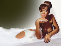 Hot-rihanna-sexy-194037_medium