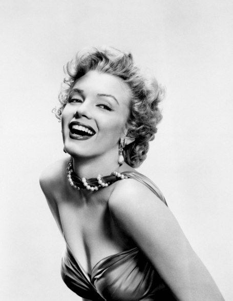 Marilyn_monroe0130_medium