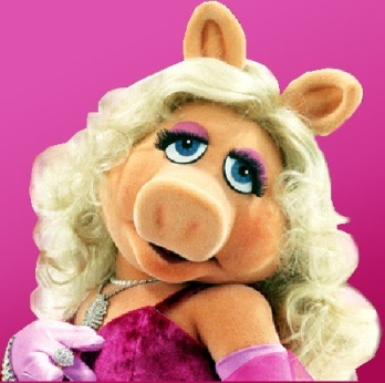 Misspiggy_medium