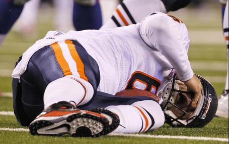 Cutler-sacked-vs-g-men_medium