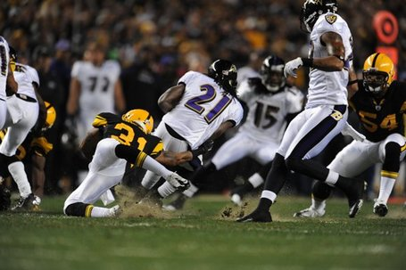 Curtis-brown-vs-baltimore-11062011--nfl_large_580_1000_jpg_medium