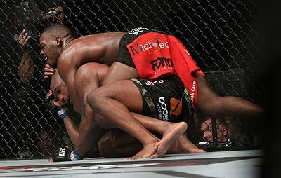 Ufc-135-potd-jon-jones-rampage-jackson-cordova-1_medium