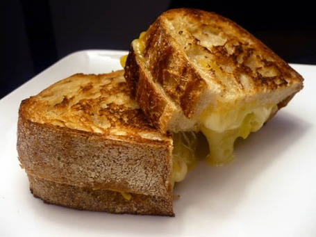 Grilled-cheese-sandwich_medium