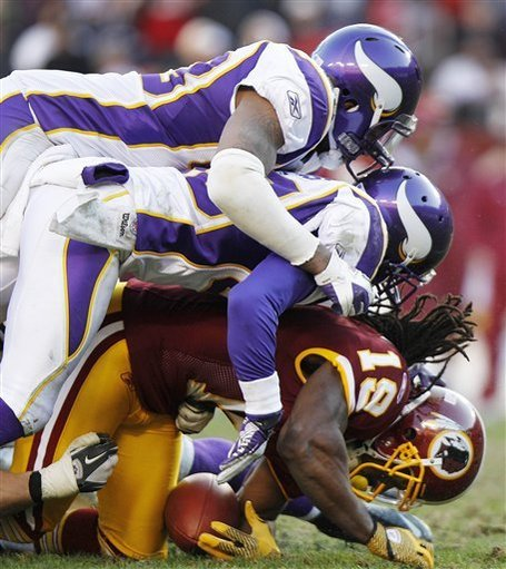 Aptopix_vikings_redskins_football_98972_game_medium
