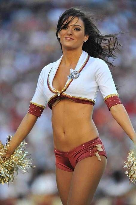 Redskins-cheerleader_medium