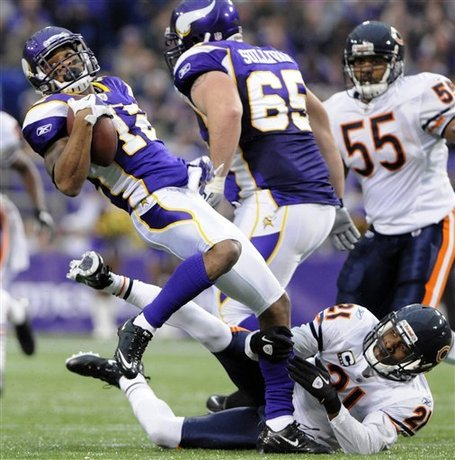 Bears_vikings_football_99465_game_medium