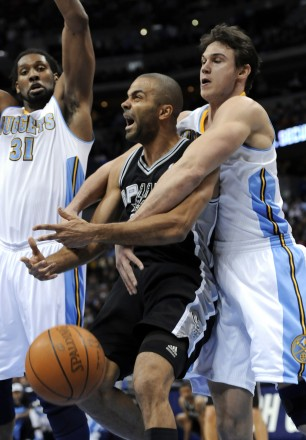 17707022-spurs-nuggets-03_23_2011-306x440_medium
