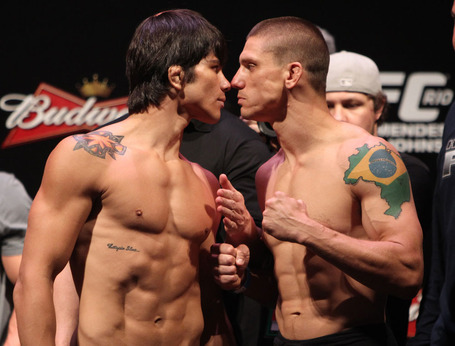 25_ufc142weighins_medium