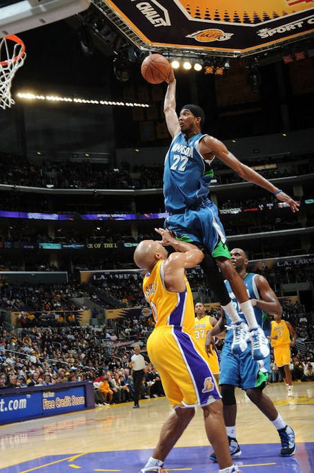 Corey-brewer-dunks-on-derek-fisher2_medium
