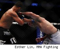Demian Maia vs. Mark Munoz at UFC 131.