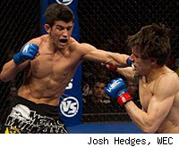 Dominick Cruz will try to defend his bantamweight title against Joseph Benavidez at WEC 50.